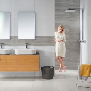 Velká koupelna s prvky značky Rako