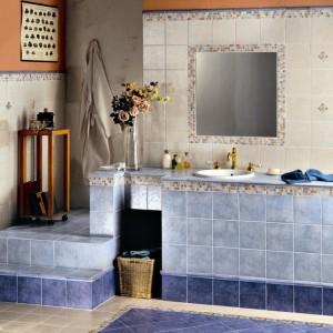 Inspirace koupelnami Alfalux - netradiční barevné řešení koupelny