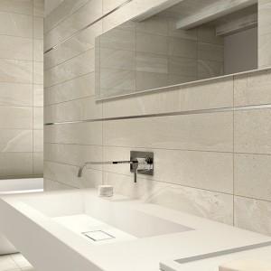 Inspirace koupelnami Alfalux - světlé obklady, umyvadlo a zrcadlo