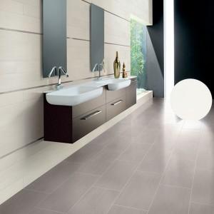 Inspirace koupelnami Alfalux - prostorná koupelna se dvěma umyvadly