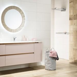 Inspirace koupelnami Rako - pohled na světlou moderní koupelnu