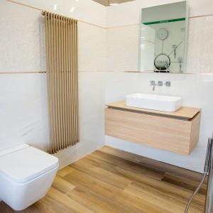 Vzorková koupelna ve studiu Gremis - inspirace ve světlé