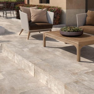 Keramická dlažba Ceramiche Supergres v nabídce obchodu Gremis - využití na terase