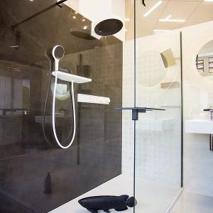 Vzorková koupelna ve studiu Gremis - řešení sprchového koutu